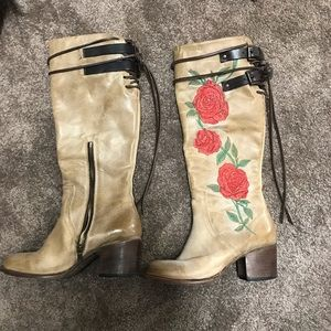 Freebird size 8 boots cream leather rose knee high